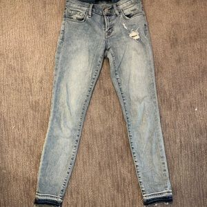 Light wash distressed J Brand Jeans!